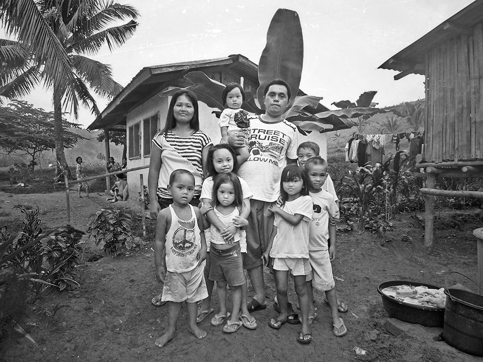 http://publish9.com/files/gimgs/34_i-took-family-portrait--cebu14517009565l.jpg